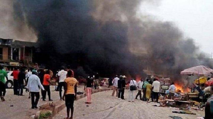 Teroare în Nigeria: 28 de morţi și 56 de răniți în urma a două explozii la o moschee