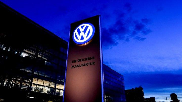 Compania germană Volkswagen începe înlocuirea mașinilor diesel