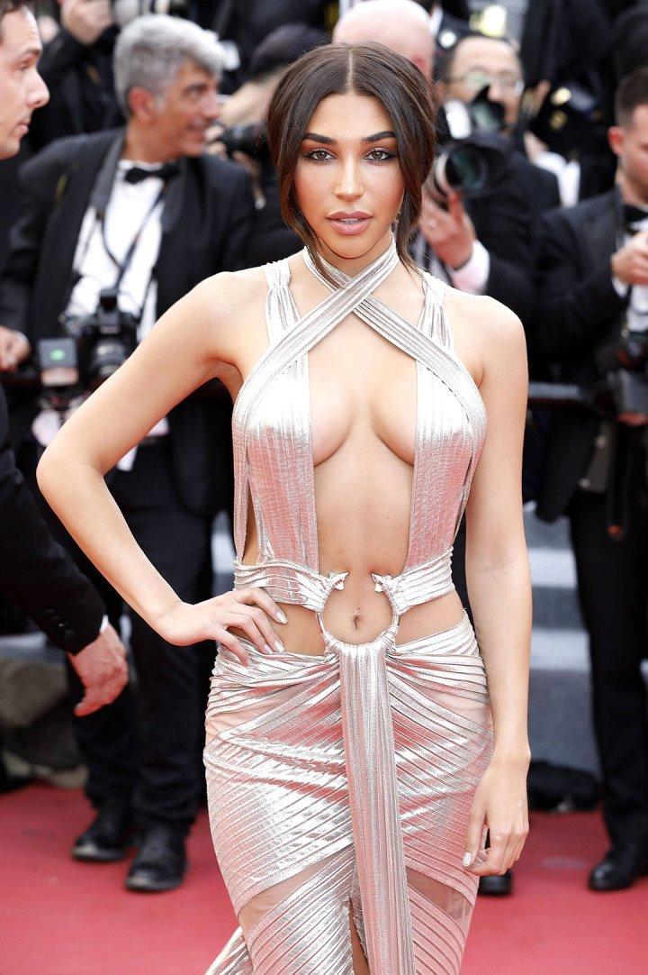 Dezgolite frumos pe covorul roșu de la Festivalul de film de la Cannes. Rochiile care le-au facut pe vedete să fie în centrul atenției (IMAGINI SPECTACULOASE)