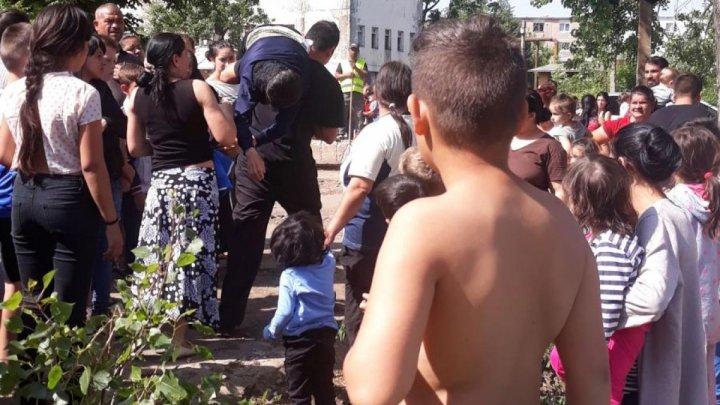 CRIMĂ ODIOASĂ ÎN ROMÂNIA! O fetiţă de 5 ani a fost UCISĂ, după ce a fost violată şi lovită în cap