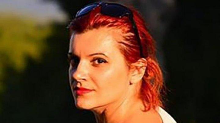 NOI DETALII în scandalul sexual de la liceul din Moldova. Directoarea, surprinsă dezbrăcată alături de iubitul elev dă vina pe fostul soţ