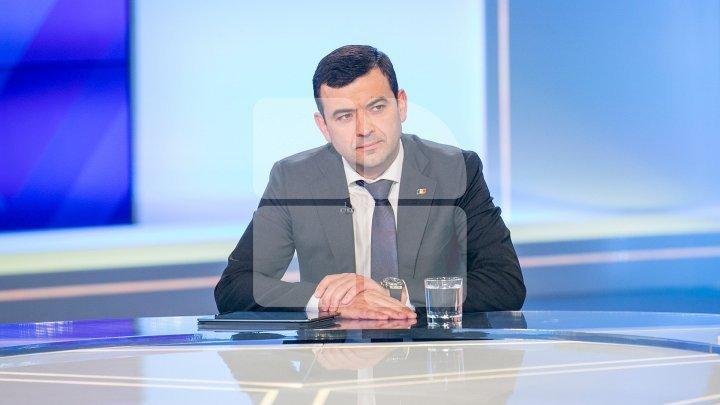 """Chiril Gaburici despre proiectul """"Drumuri bune pentru Moldova"""": Trebuie să avem drumuri calitative, nu facem drum pentru un an sau doi"""