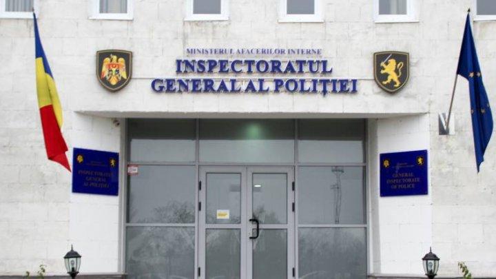 Poliția caută agresorii artiştilor ambulanţi din faţa Poştei Moldovei