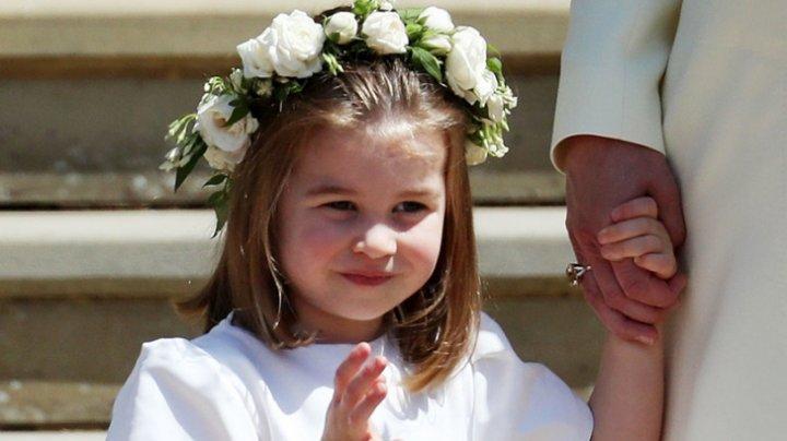SIGUR NU ŞTIAI ASTA! Motivul pentru care Prinţesa Charlotte nu are voie să stea la aceeaşi masă cu părinţii ei