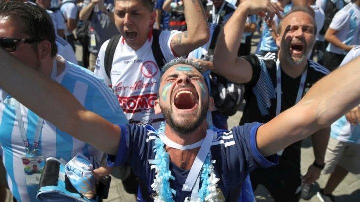 Nebunie în Argentina! Mii de suporteri au sărbătorit calificarea naționalei lor în optimile de finală ale Campionatului Mondial