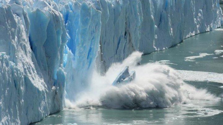 Alarmant! Antarctica a pierdut circa 3 miliarde de tone de gheaţă
