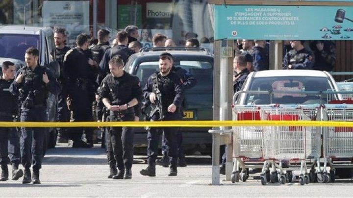 Simpatizanţi ai reţelei Stat Islamic care pregăteau un atentat, arestaţi preventiv în Franţa