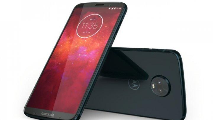 Motorola a anunţat Moto Z3 Play, un smartphone modular pentru segmentul mid-range premium