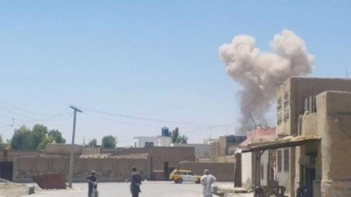 Baie de sânge în Afganistan: Cel puţin 15 membri ai forţelor de securitate, ucişi