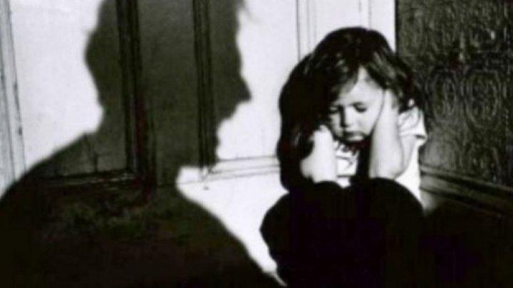 Imagini terifiante! O fetiţă de patru ani, RĂPITĂ, BĂTUTĂ ŞI UCISĂ cu sânge rece (VIDEO)