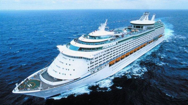O femeie a primit interdicție pe viață pe navele de croazieră. Vezi ce a făcut (FOTO)