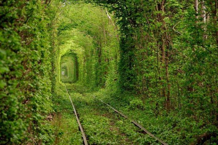 Cinci destinaţii de vacanţă fascinante, considerate capodopere ale naturii (IMAGINI ULUITOARE)