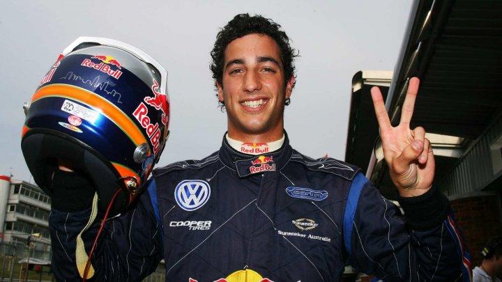 DRIFTURI ÎNAINTEA CURSEI. Piloţii din F1 şi-au testat abilităţile în Austria
