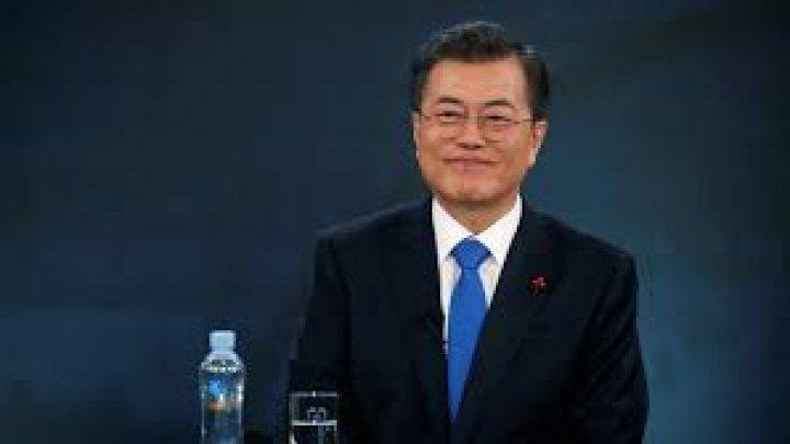 SONDAJ: Preşedintele sud-coreean Moon Jae-in înregistrează o popularitate record. Care este motivul