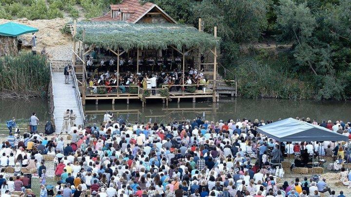 Opera Nabucco va răsuna în această seară la Festivalul DescOPERĂ de la Butuceni