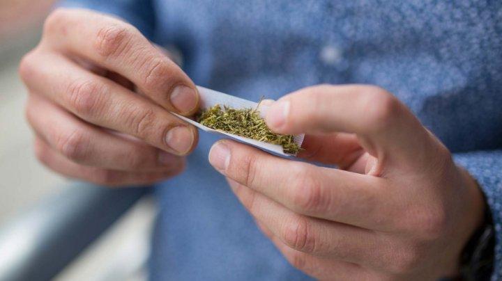 Numărul consumatorilor de droguri, în creştere în Moldova