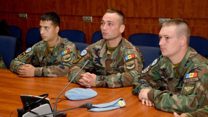 Pacificatorii reveniţi din Kosovo au fost decoraţi de Ministrul Apărării