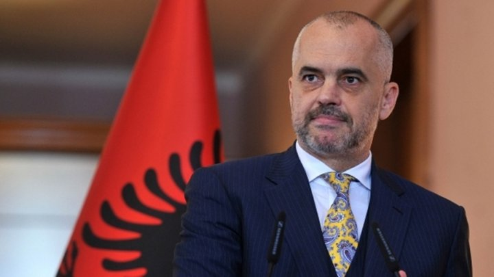 Albania a respins propunerea de a găzdui centre de primire a migranţilor care se îndreaptă spre UE