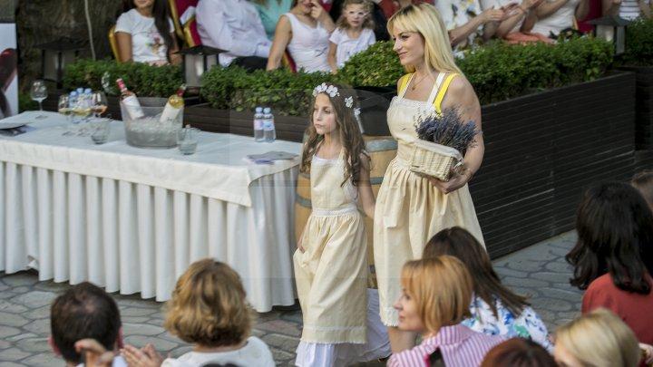 Fashion soiree resort collection 2018. Cei mai cunoscuţi designeri din Moldova prezintă colecţiile de vară (FOTOREPORT)