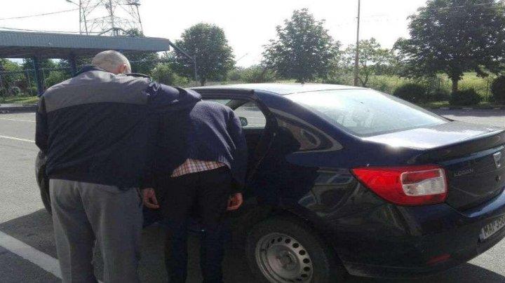 Un moldovean, dat în urmărire internațională, prins la frontiera de stat. Infracţiunile comise în Italia şi România