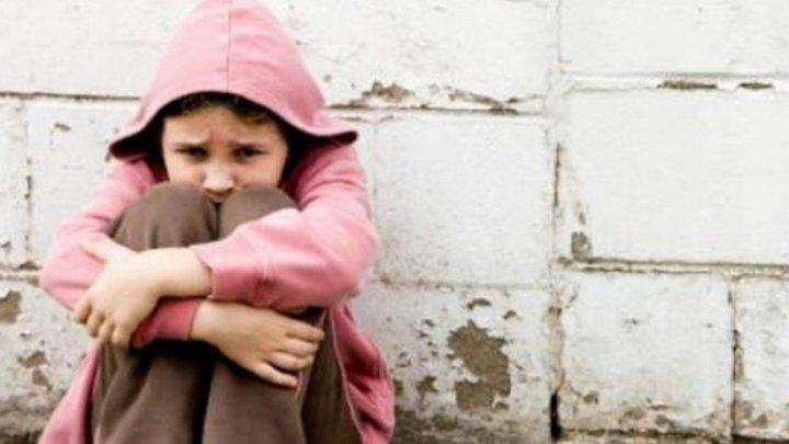 Copii străzii, lăsaţi în voia sorţii! Povestea copiilor din Moldova care supravieţuiesc în stradă (VIDEO)