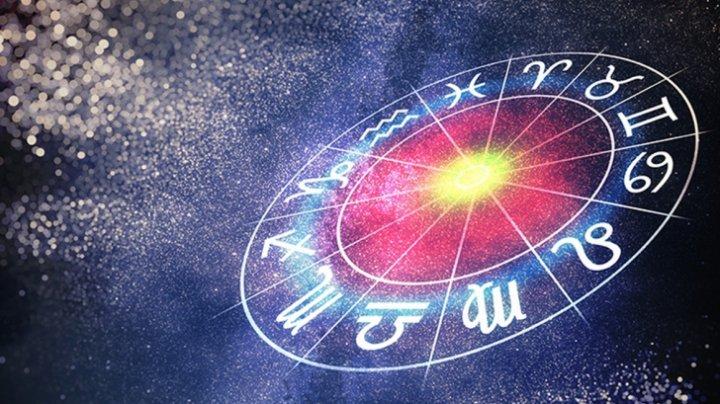 HOROSCOP. Patru zodii care vor trăi o poveste magică de dragoste la final de vară