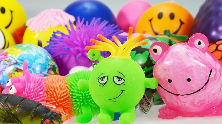 Jucăriile squishy au fost interzise în Danemarca. Sunt un adevărat pericol pentru copii