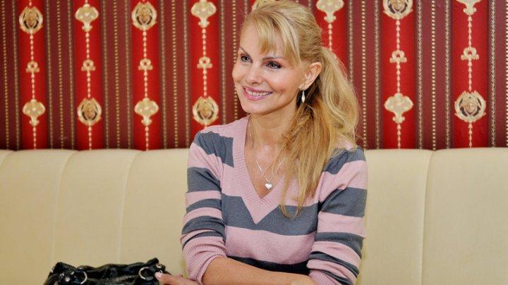 Îndrăgita cântăreață Anastasia Lazariuc are un trup de invidiat la 64 de ani. Care este secretul