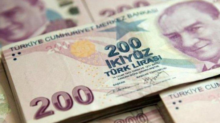 Lira turcească s-a apreciat cu 3% după victoria în alegeri a preşedintelui Recep Tayyip Erdogan
