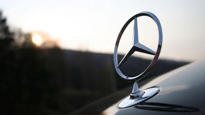 Mercedes recheamă 774.000 de mașini. Ce ilegalităţi au descoperit germanii