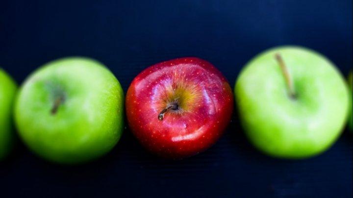 Trebuie să ştii asta! Diferenta dintre merele verzi și cele roșii. Care sunt mai sănătoase