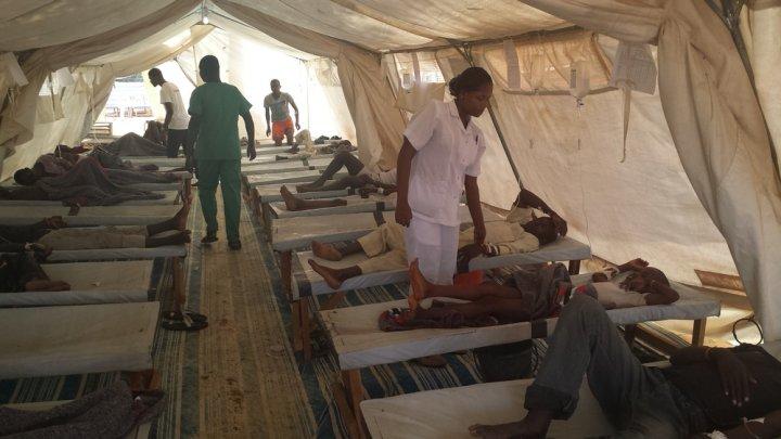 Trei elevi au decedat, iar alţi 27 au fost spitalizaţi în urma unei noi epidemii de holeră izbucnită în Nigeria