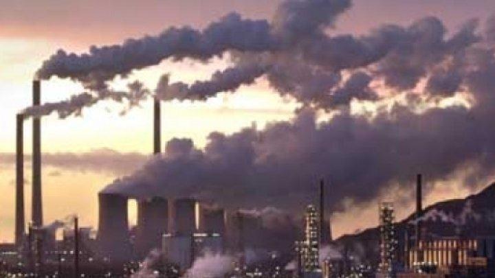 Orașul cu cel mai poluat aer din lume. Sute de persoane ajung anual la spital cu boli pulmonare cronice şi cancer