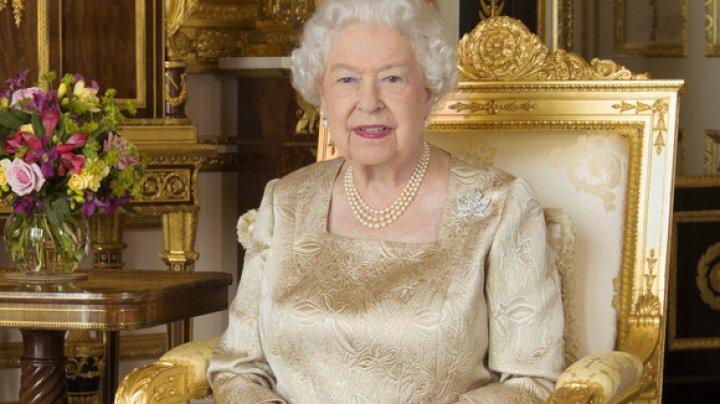 Bijuteria specială pe care Regina Elisabeta a II-a a purtat-o timp de 70 de ani