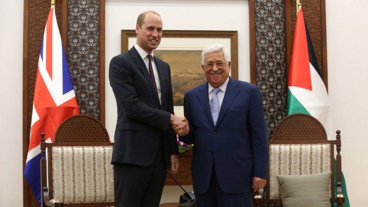 """Prinţul William califică Teritoriile palestiniene drept """"ţară"""" în dialogul său cu preşedintele Autorităţii Naţionale Palestiniene"""