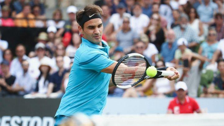 Roger Federer este cel mai bine plătit sportiv al lumii cu 106 milioane de dolari într-un an
