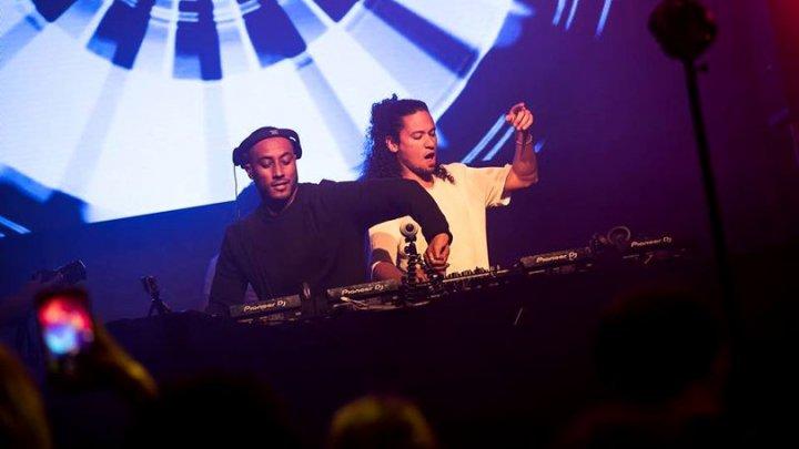"""Doi DJ-ii olandezi, reţinuţi cu droguri pe aeroportul din Iaşi: """"Nu ştiam că la voi drogurile sunt interzise"""""""