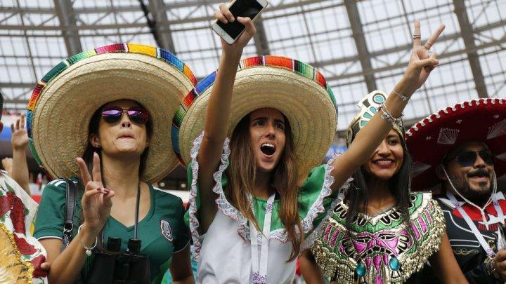Federaţiile mexicană şi sârbă, amendate de FIFA pentru scandări discriminatorii şi insultătoare ale suporterilor