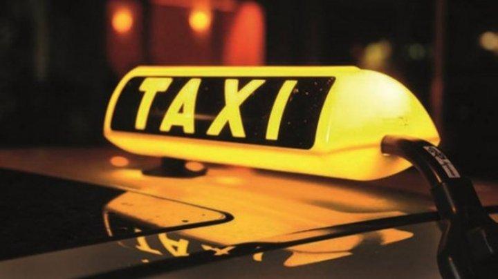 Noapte de coşmar pentru un taximetrist din Capitală. A fost ameninţat cu arma de către un pasager (VIDEO)