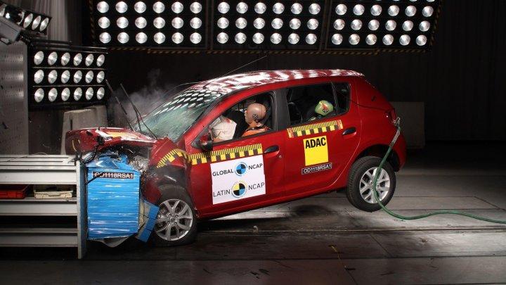 Rezultat dezastruos pentru Sandero şi Logan la testele de impact Latin NCAP