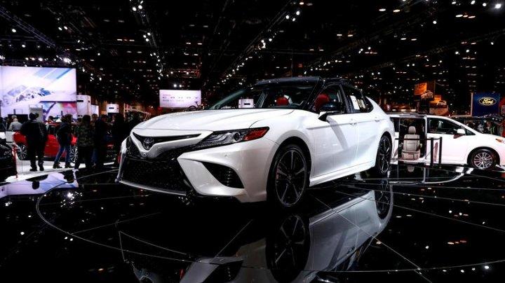 Toyota investește un miliard de dolari în Grab, un serviciu de transport similar Uber