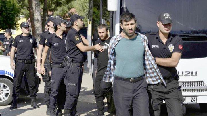 Peste 300 de membri ai serviciilor de securitate, arestaţi după alegerile generale din Turcia