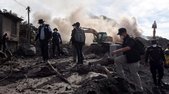 BILANŢ NEGRU în Guatemala: 99 de morţi şi 200 de dispăruţi în urma erupţiei vulcanului Fuego