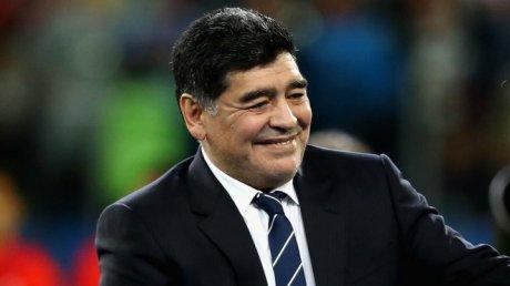 Diego Maradona a fost prezentat oficial în calitate de președinte al clubului Dinamo Brest
