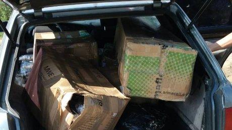 Piese auto, fără acte de proveniență, reținute de poliția de frontieră. Trei moldoveni, implicați