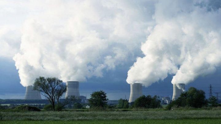 Centralele nucleare din Franţa, o ameninţare. Sunt nesigure în cazul unui atac terorist