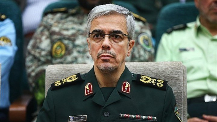 Armata iraniană avertizează SUA că va riposta în forţă la continuarea ameninţărilor americane