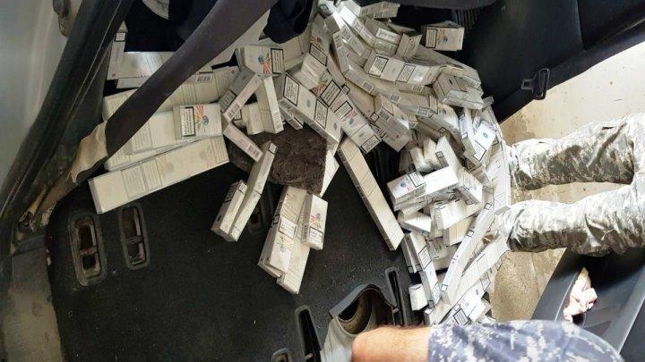 930 pachete de ţigări au fost confiscate la frontieră. Vezi unde au fost ascunse