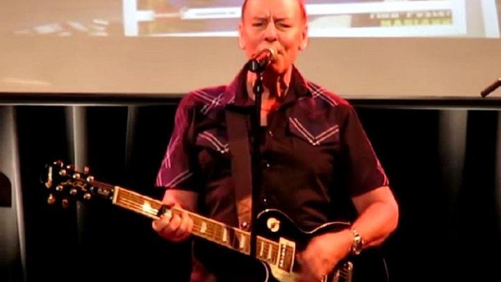 Chitaristul Alan Longmuir a murit în Mexic după lupta cu boala cruntă