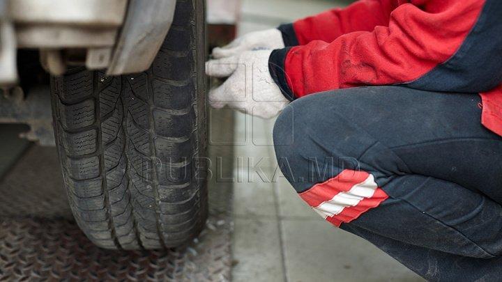 Important pentru şoferi. Cum să previi străpungerea anvelopelor